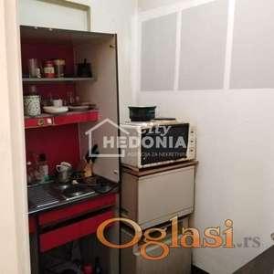 Komforan trosoban poslovni prostor u Bloku 61 ID#6662