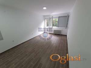 Predstavljamo vam kompletno renoviran stan na 2. spratu!