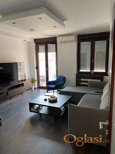 Lux stan kod Čuburskog parka za izdavanje ID#1003