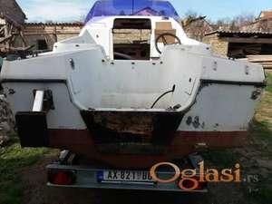 Reparacija čamaca (poliester, stakloplastika)