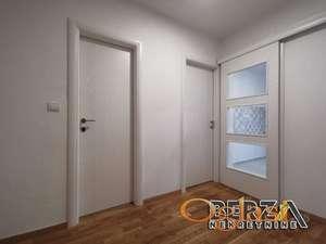 PRODAJA STANOVA NOVI SAD DVOSOBAN LIMAN 3Agencijska ifra 1003276Prodaje se kompletno i kvalitetno renoviran dvosoban stan u zgradi prepoznat
