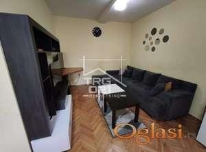 Prodaje se lep održavan stan na dobroj lokaciji!!