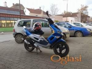 Novi Bečej Peugeot Speedfight 2