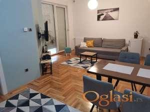 Novi Sad,Centar(Socijalno) Novo opremljen apartman,42m2