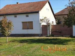 Begeč uknjizena kuća 139 m2 na placu od 521 m2