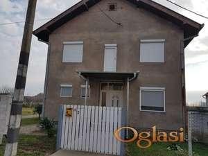 Prodajem kucu u Sremskoj Mitrovici