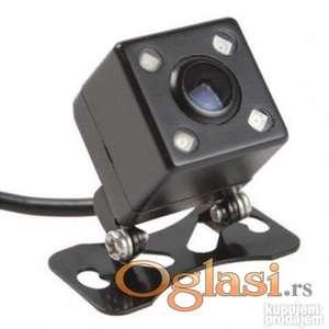 Rikverc kamera za automobil