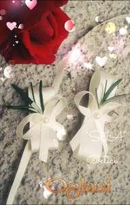 Cvetici za kicenje svatova sa ruzmarinom