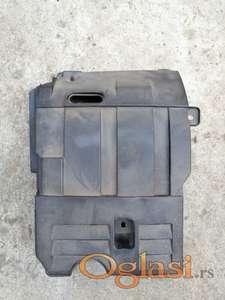 Fiat stilo poklopac akumulatora