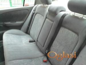 Niš Toyota Avensis 2.0 D4D 2000